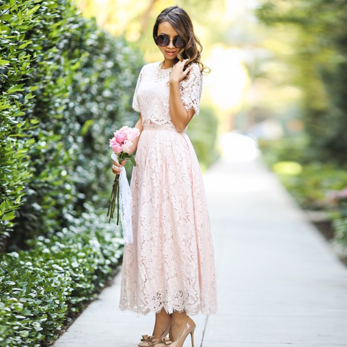 lace and locks, petite fashion blogger, bow heels, bow shoes, asos dress, lace midi dress, asos petite