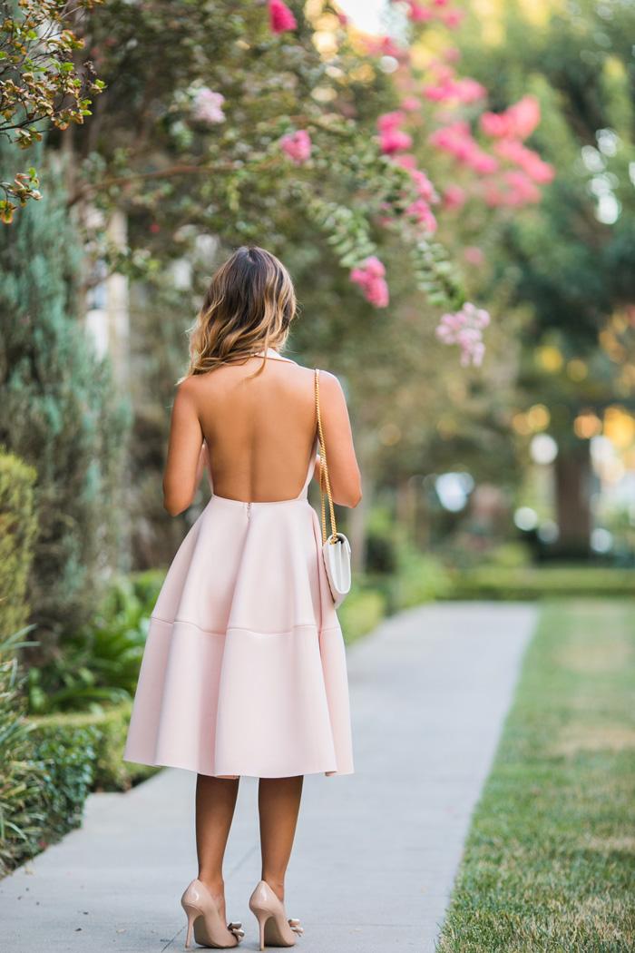 blog wear backless dress